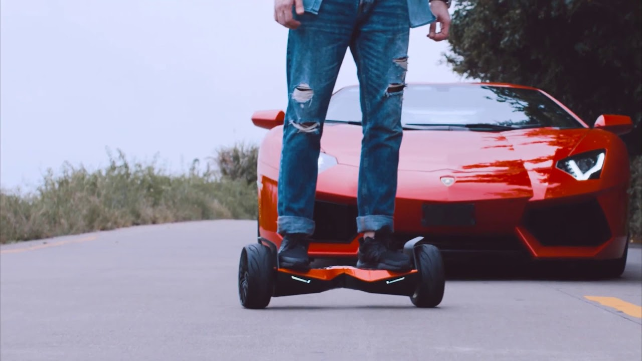 8 5  Lamborghini Hoverboard with Bluetooth Speaker & App Enabled 8 5  Lambo Hoverboard 1080p 25fps H