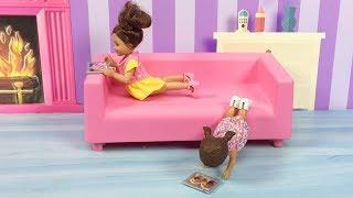 Barbie ve Ailesi Bölüm 151 - Çocuklar Tablet İzliyor - Çizgi film tadında Barbie Oyunları