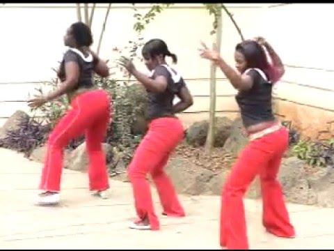Christopher Monyoncho Nyabwari Band   -Bagatuguta Enibo