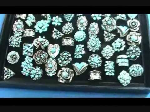Turquoise color enamel vintage antique retro costume for Turquoise colored fashion jewelry