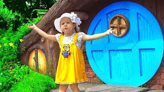 Diana Pretend Play in the Amusement Park! Family Fun Adventures with Kids Diana Show thumbnail