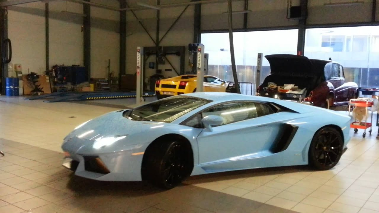 Lamborghini Aventador LP 700-4 - YouTube
