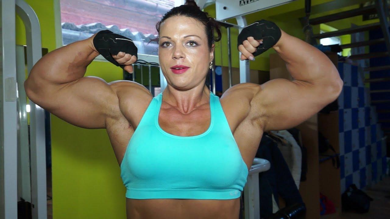 Oana Hreapca work out - YouTube