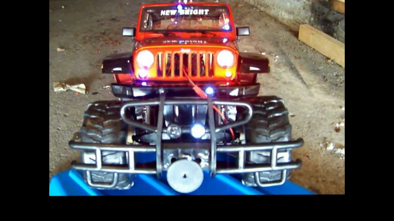 Jeep Rubicon For Sale >> 1/8 Scale New Bright Jeep Rubicon Police Vehicle Strobe and Flashing Light Show - YouTube