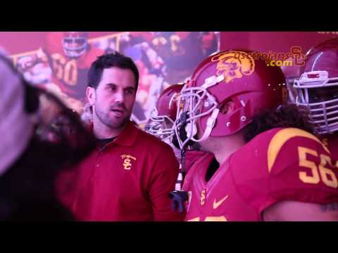 Behind the Scenes: Matt Leinart leads the team out of the tunnel