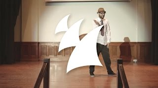 Twax feat. Solomina - Movin On (Official Music Video)