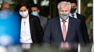 Nach Messerattacke in Dresden: Seehofer will Abschiebungen nach Syrien prüfen