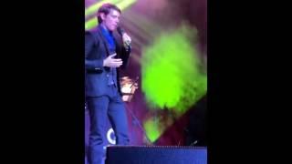 Camilo Blanes (Popurri canciones de Camilo Sesto) En vivo