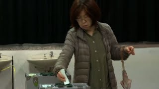 Polls open in snap Japanese election