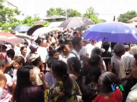 Burma is Freeing 17000 Prisoners