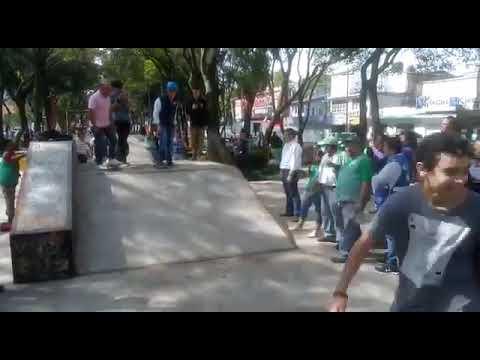 ALCALDE PANISTA DE BENITO JUÁREZ SE CAE DE PATINETA