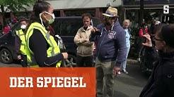 """Demonstration für Grundrechte: """"Ich will mein Leben zurück"""""""