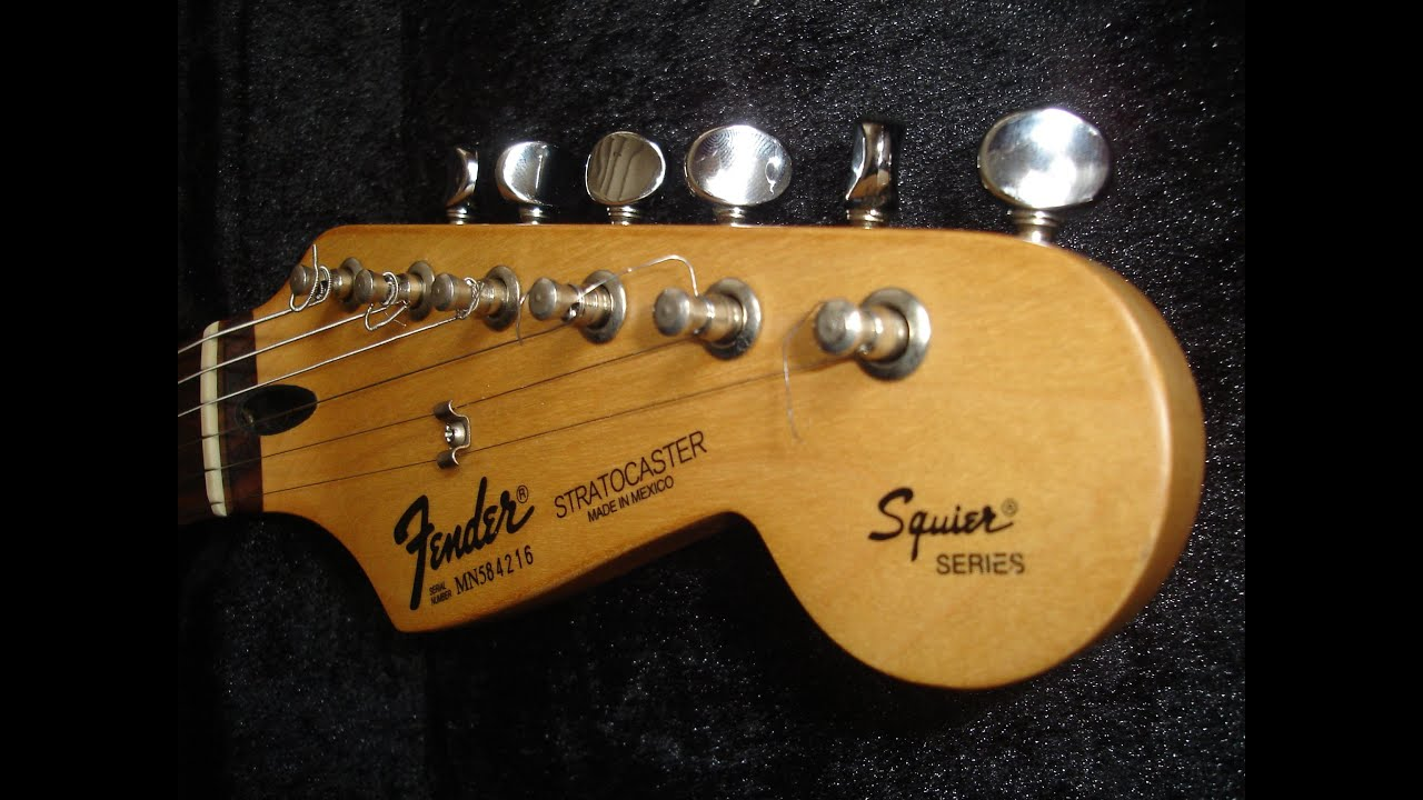The Stratocaster in the 1990s Fender Guitarchive