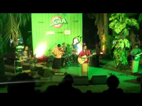 Raghu Dixit - Well I'm in Mumbai and I'm Waiting for a Miracle