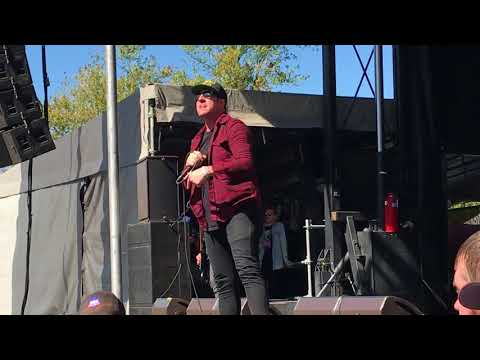 Ded - Hate Me @ Louder Than Life (September 30, 2017)