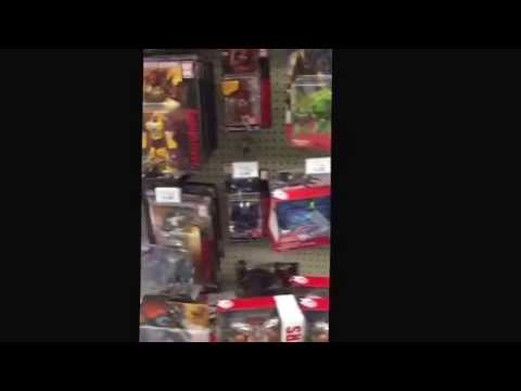 Combiner Wars Dragstrip with Comic!