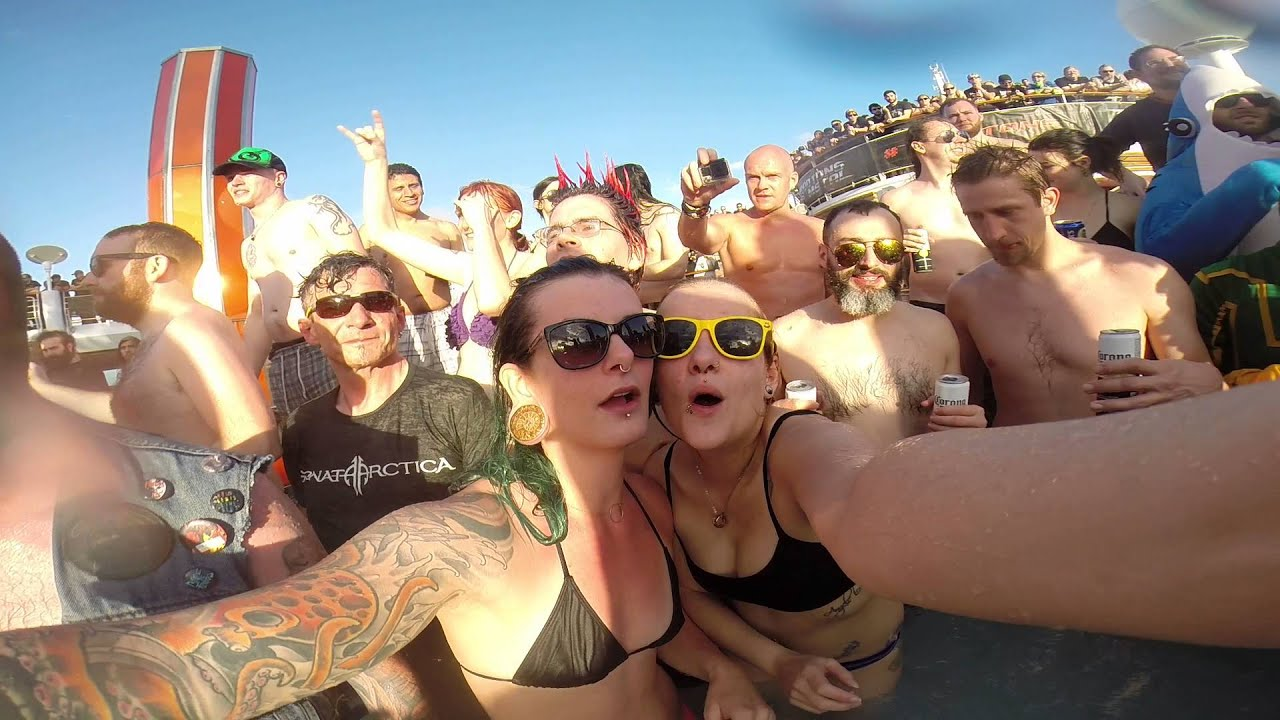 Hot Tub Party 70k of Metal while Hammerfall - YouTube