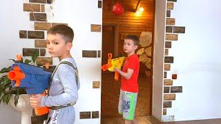 NerfWar Kids vs  Joker НерфВар Дети против Джокера