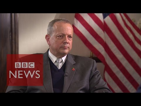 'Strikes on Islamic State working' says General John Allen - BBC News