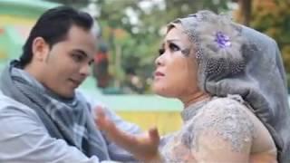 Ahmed Habsy feat. Yessy Kurnia - Mengundang Nafsu