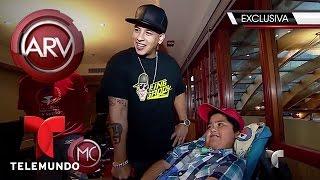 Daddy Yankee comparte con niños necesitados en Chile | Al Rojo Vivo | Telemundo