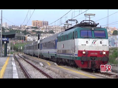 Linea Brindisi - Taranto: STAZIONE di GROTTAGLIE (TA). Treni in arrivo, in partenza e transiti.