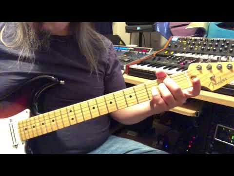 How to write classic rock guitar riffs using chords in the key of G ...