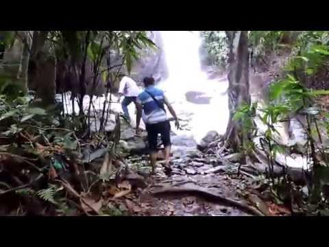 Meen Mutti Waterfalls Kallelli, Konni, Pathanamthitta