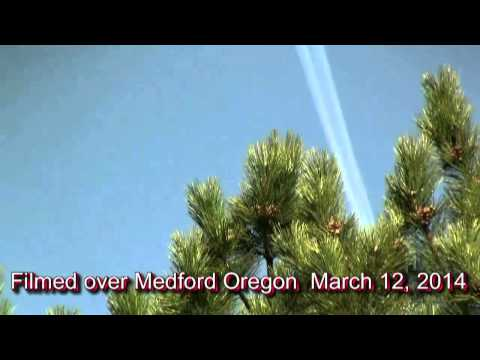 KILLER CONTRAILS OVER THE ROGUE VALLEY