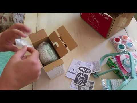 Unboxing Instax Mini 9 camera