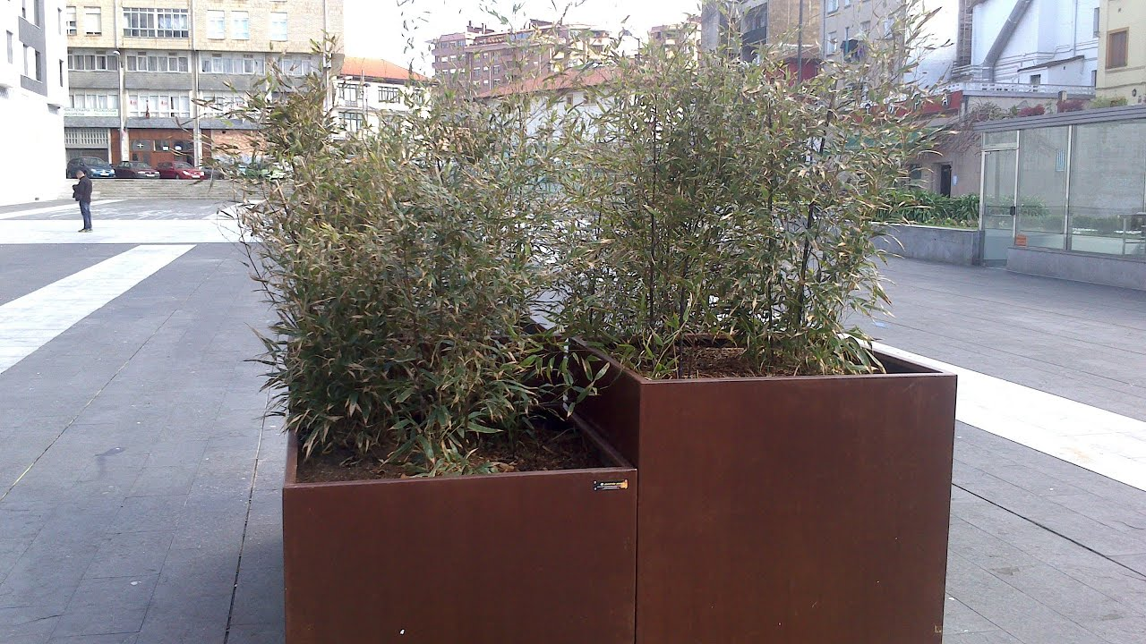 Jardineras de acero corten para galdakao bizkaia youtube - Jardineras acero corten ...
