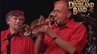Mahogany Hall Stomp - BENKO DIXIELAND BAND