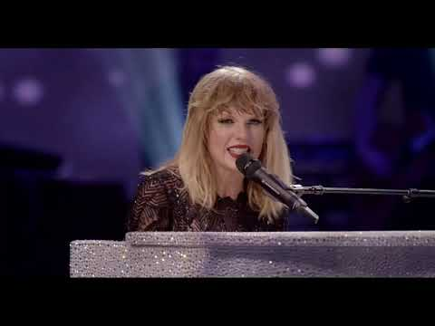 taylor-swift---all-too-well-(live-from-super-saturday-night-concert)-full-hd