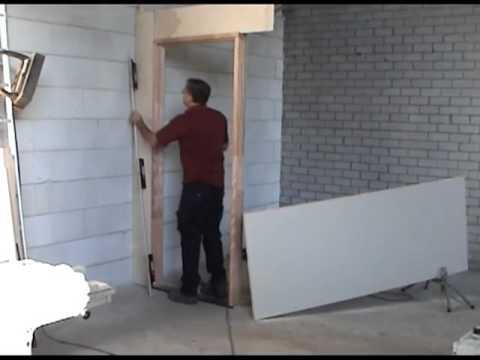 Freesmal scharniermal makkelijk een deur afhangen doovi for Inmeetmal voor deuren