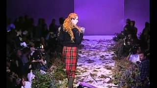 "Alexander McQueen Fall/Winter 1995, ""Highland Rape"""
