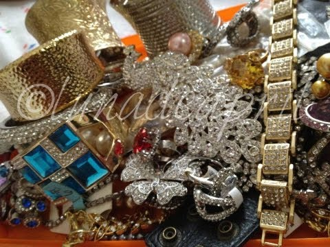 Confessions of a Jewelry Hoarder: Glamour Jewelry