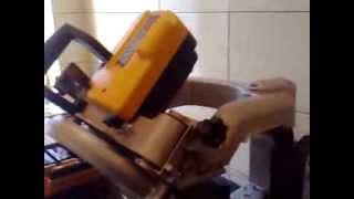 przecinarka do glazury DW 24000