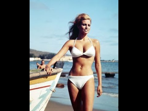 """SIMPLY IRRESTIBILE"" ROBERT PALMER, RAQUEL WELCH TRIBUTE (HD)"