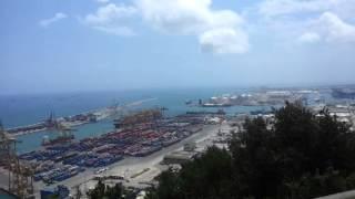 Монжуи́к кат. Montjuïc — виды на порт и крепость.(, 2014-07-16T14:16:29.000Z)