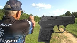 INCREDIBLE 200 yard shot with a .380 M&P Bodyguard! #380reasons