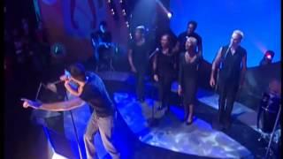 Enrique Iglesias - The Rhythm Divine (Live).mp4