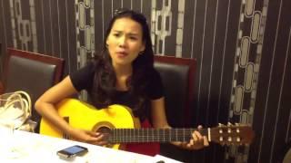 Quynh Scarlett - qui sait (tự chơi guitar)