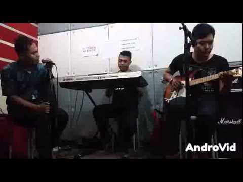 Download lagu terbaru DeRama - JANGAN BILANG SAYANG ( pop melayu ) online