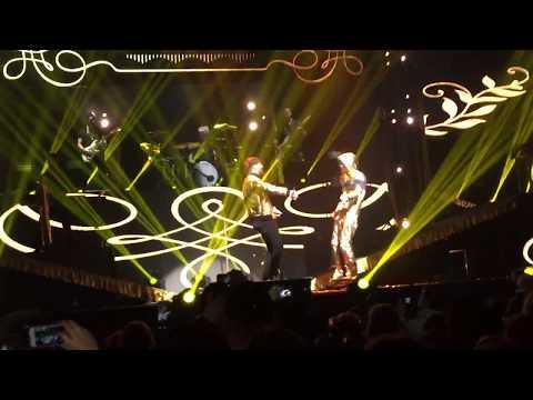 Gulddreng - UPN (LIVE i Royal Arena)