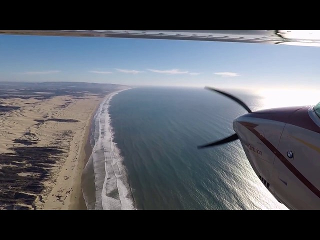Oceano (L52) airport approach and landing Oct 2017