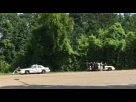 Raw video of Chattanooga shooting