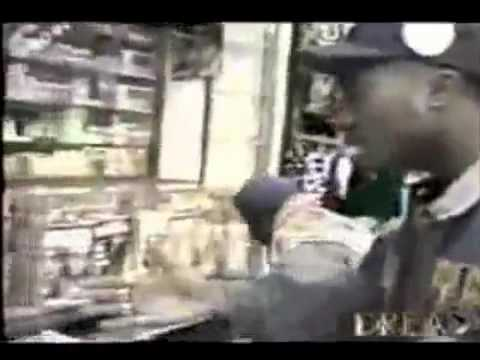 TuPac Freestyling on the Streets of New York , Runs into Music Bootleggers