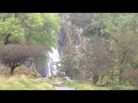 Walk to Aber Falls