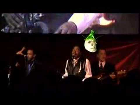 Coco visits Earth, Wind & Fire