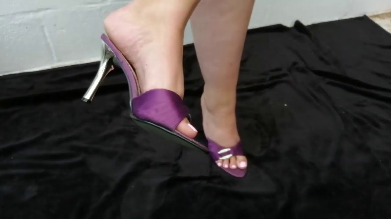 Mature feet mules shoeplay by pipa feet